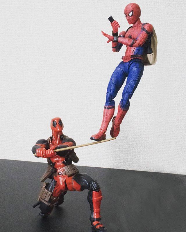 「ちょっとタイムー」#オモ写#スパイダーマン#Spiderman#figma#マーベル#デッドプール#Deadpool#海洋堂#リボルテック#Revoltech#一眼レフ#ファインダー越しの私の世界#フィギュア#marvel#toysphoto#toysphotography#figure#toyplanet#9000d